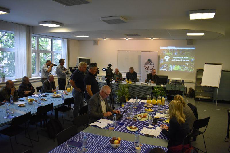 Verejnosť podporila odkaz politikom, aby zmenili prístup k lesom a vypracovali štátnu politiku pre ochranu lesného bohatstva Slovenska
